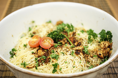 Spaghetti with Garlic, Parsley, and Bread Crumbs Keywords: Food, Recipe, Vegetarian, Vegan