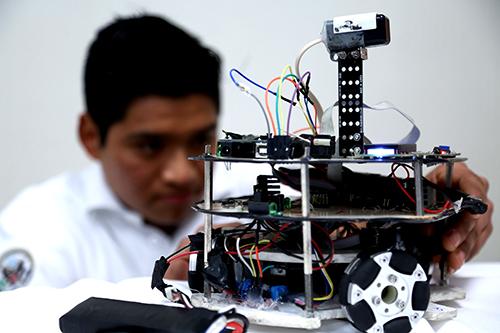 uanl robotica (2)