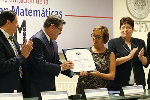 acreditaciónFCFM (3)
