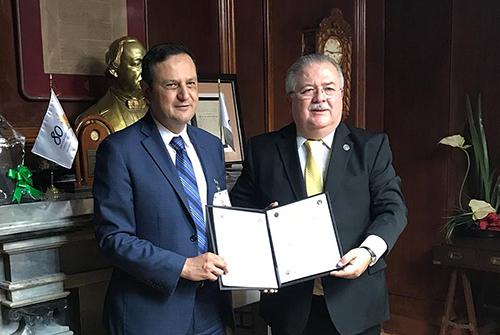 Firma de convenio entre UDEM y UANL (6)